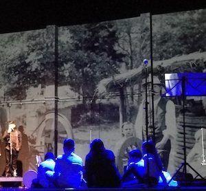 Akana, obra de teatro